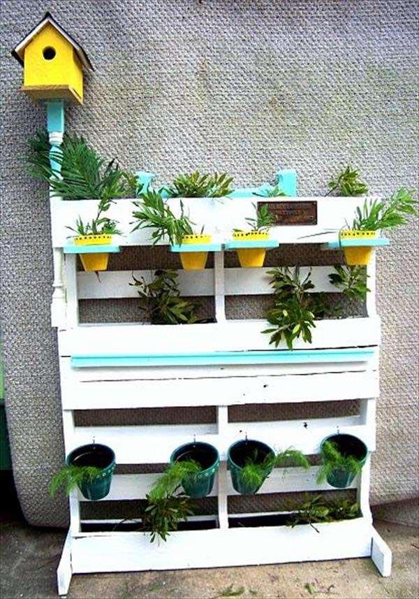Building a Pallet Herb Garden