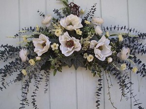 Dried Flower Arrangements for Walls