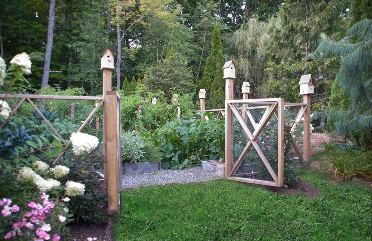Fenced Vegetable Garden Plans