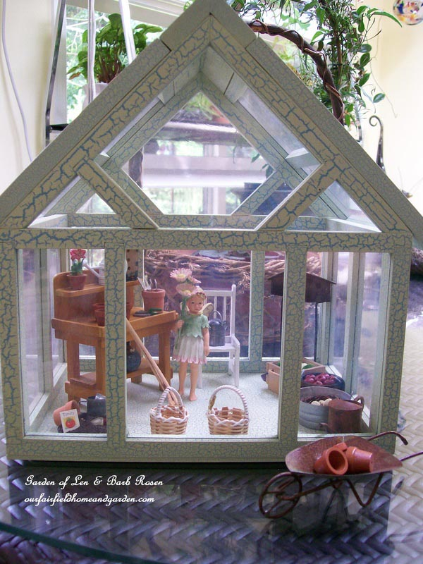 Make Fairy Garden Terrarium