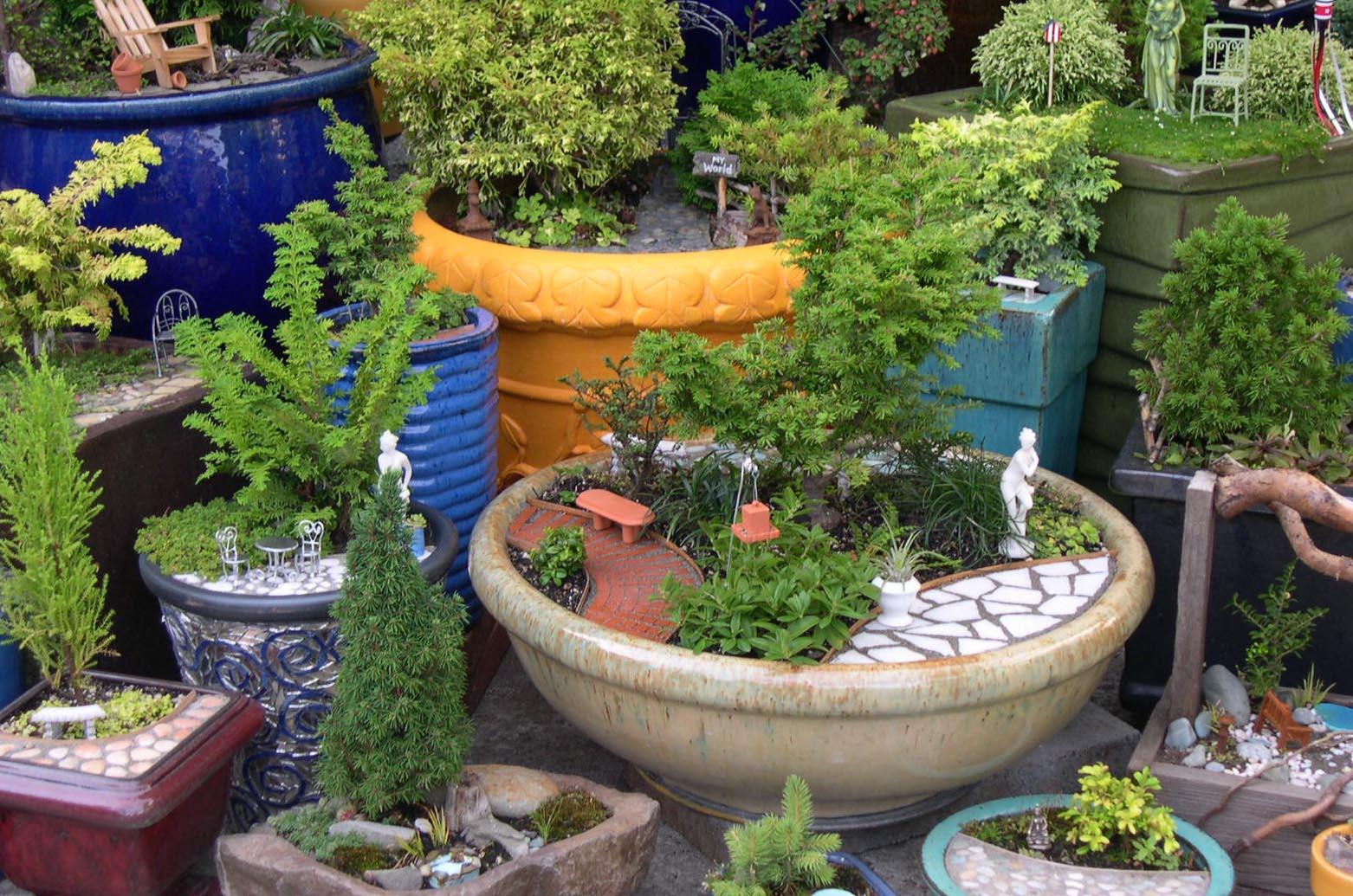 Miniature Items for Fairy Gardens