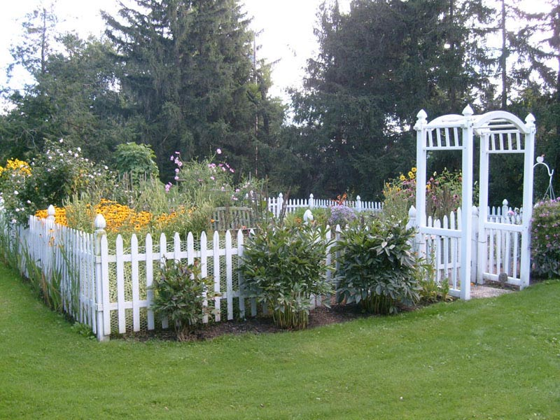 Picket Fence Around Vegetable Garden