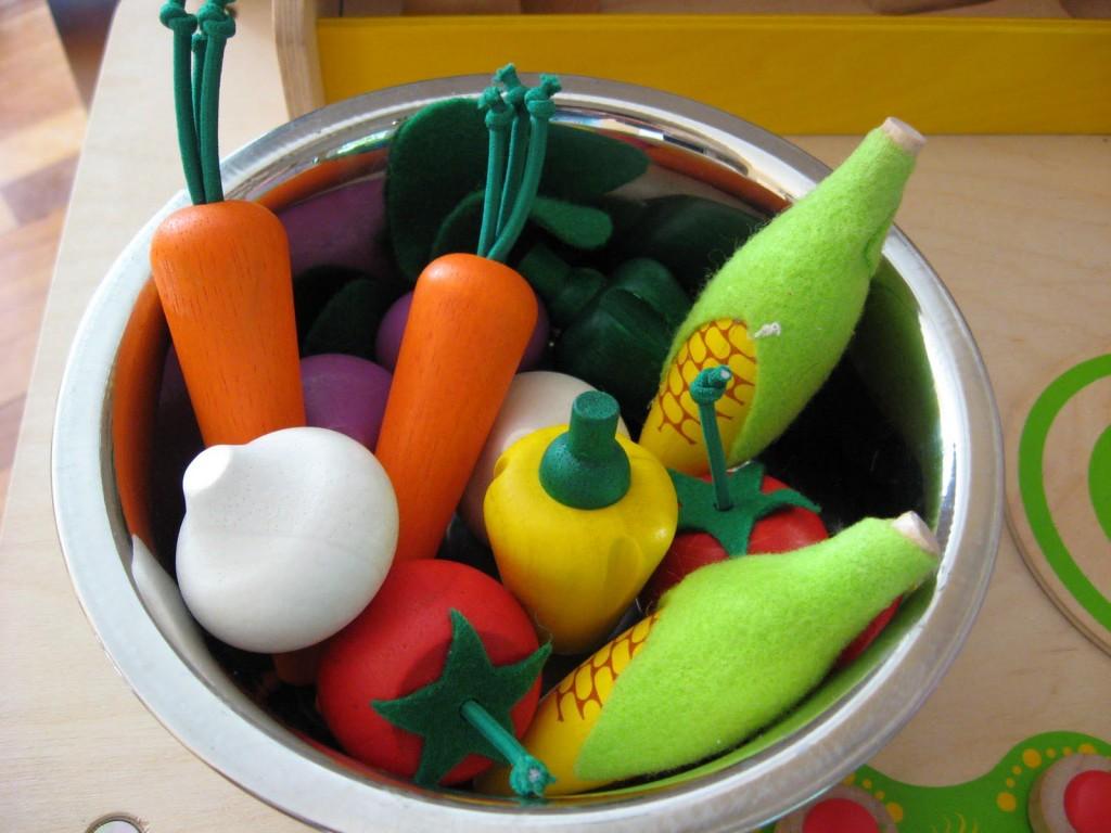 Plan Toys Vegetable Garden