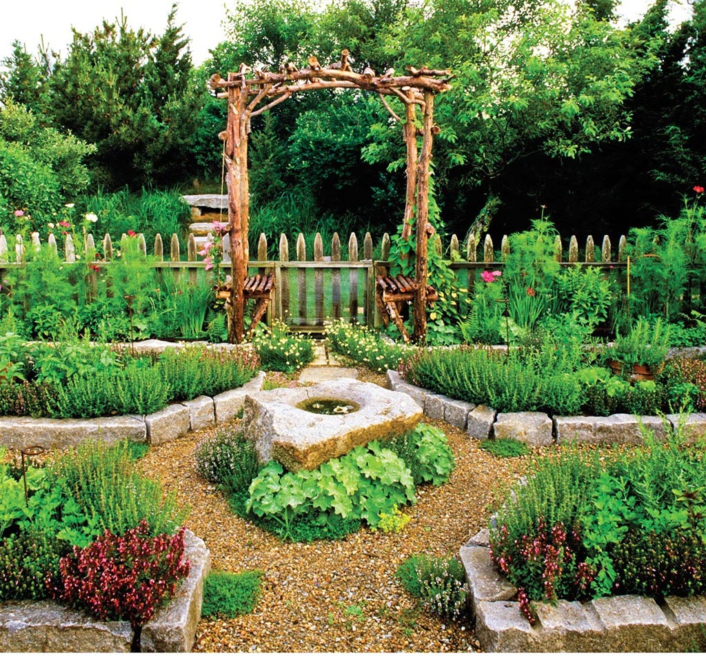 Vegetable garden fence ideas rabbits garden design ideas for Backyard vegetable garden designs