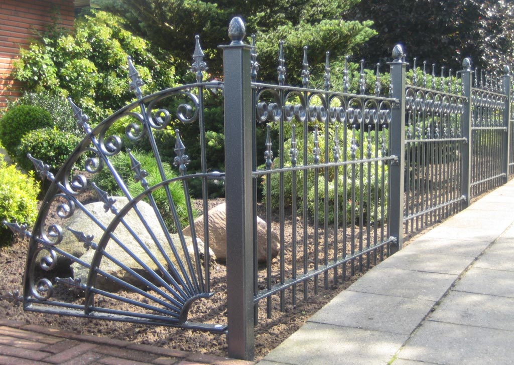 Decorative Metal Garden Fencing