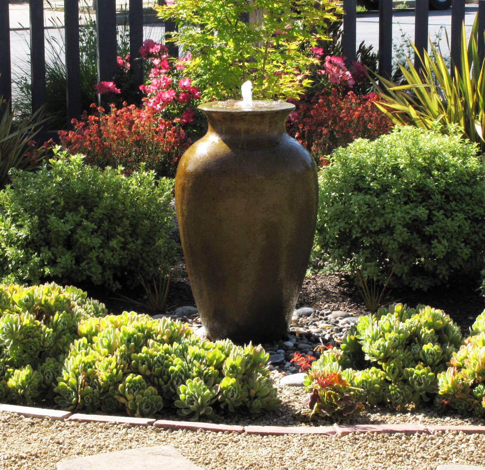 Front Yard Garden Designs with Water Feature