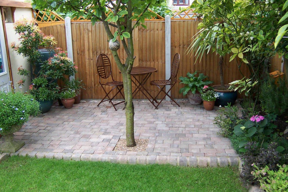 Landscaping for a Small Yard