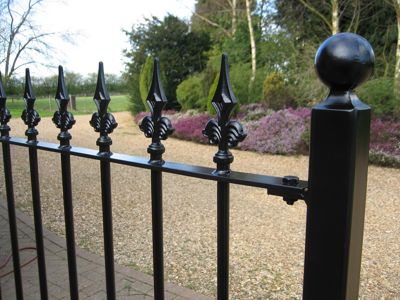 Metal Fencing for Gardens