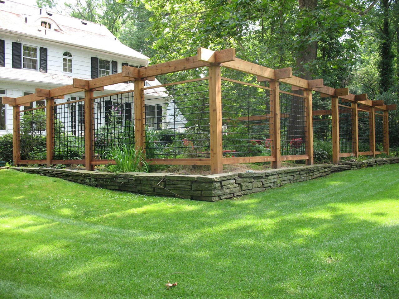 Metal Garden Fence Ideas