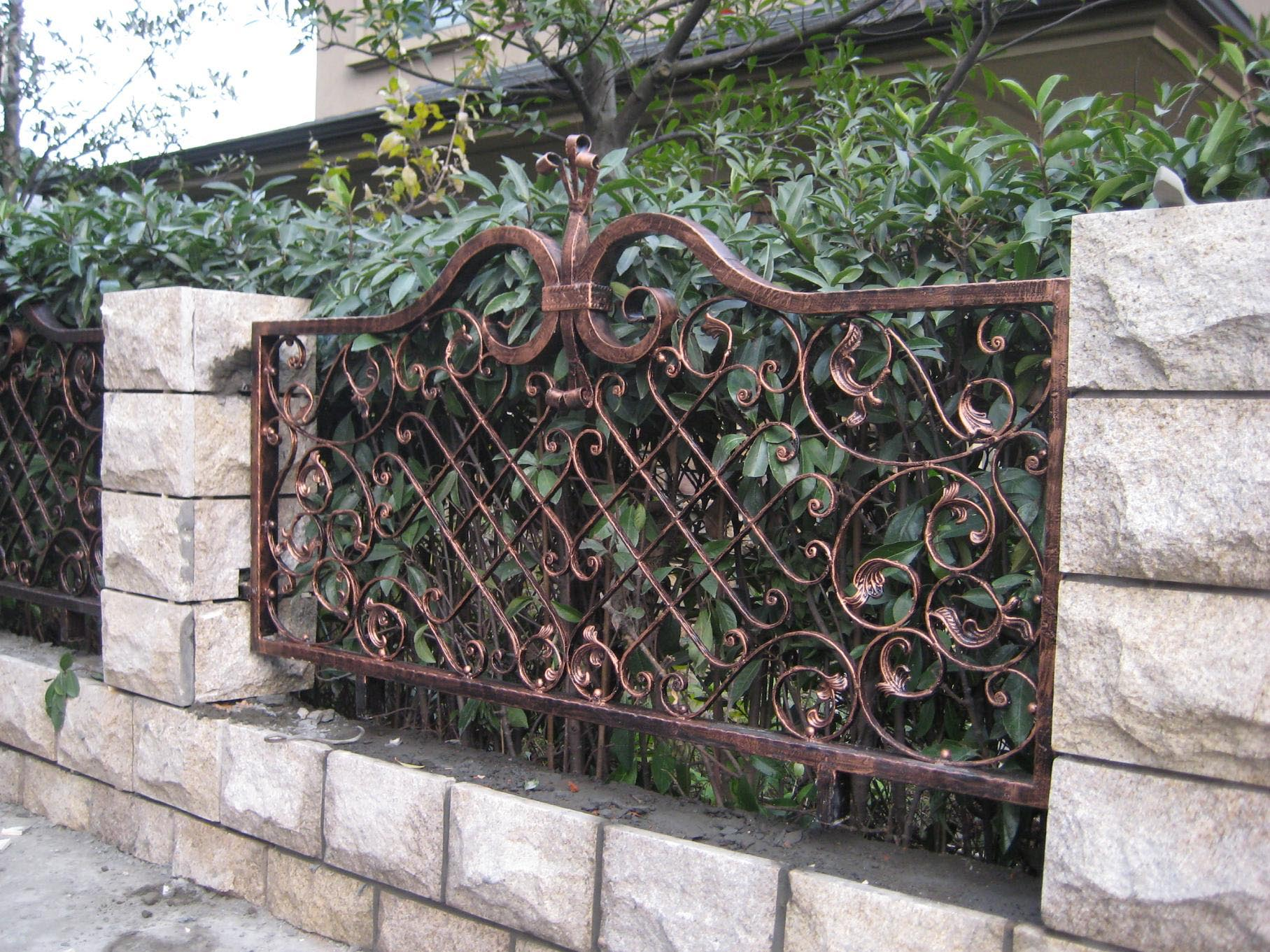 Metal Garden Fencing Ideas