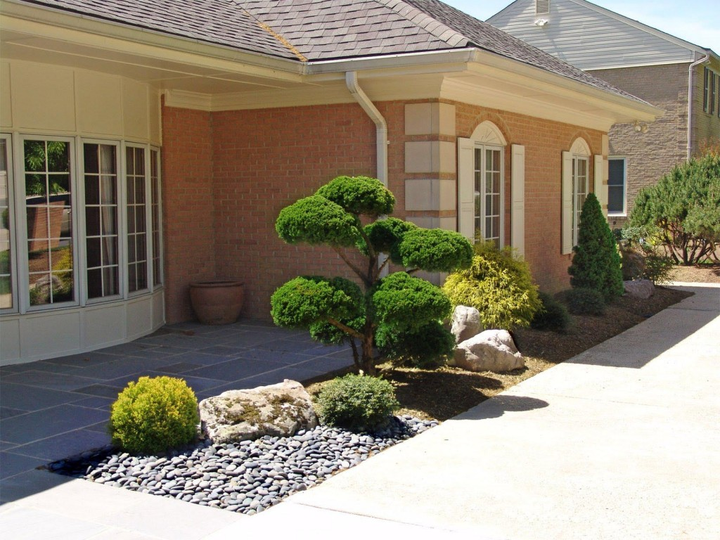 Small Front Yard Japanese Garden