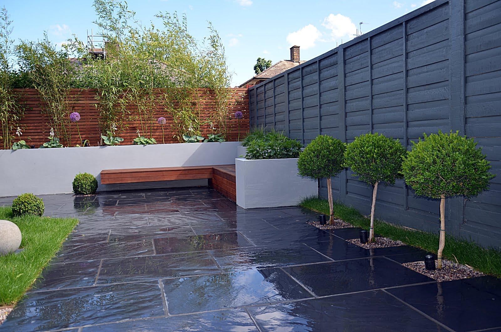 Small Garden Designs Low Maintenance