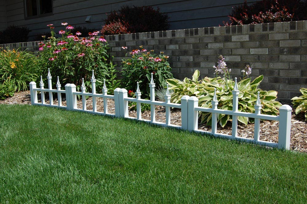 Wood Garden Border Fence