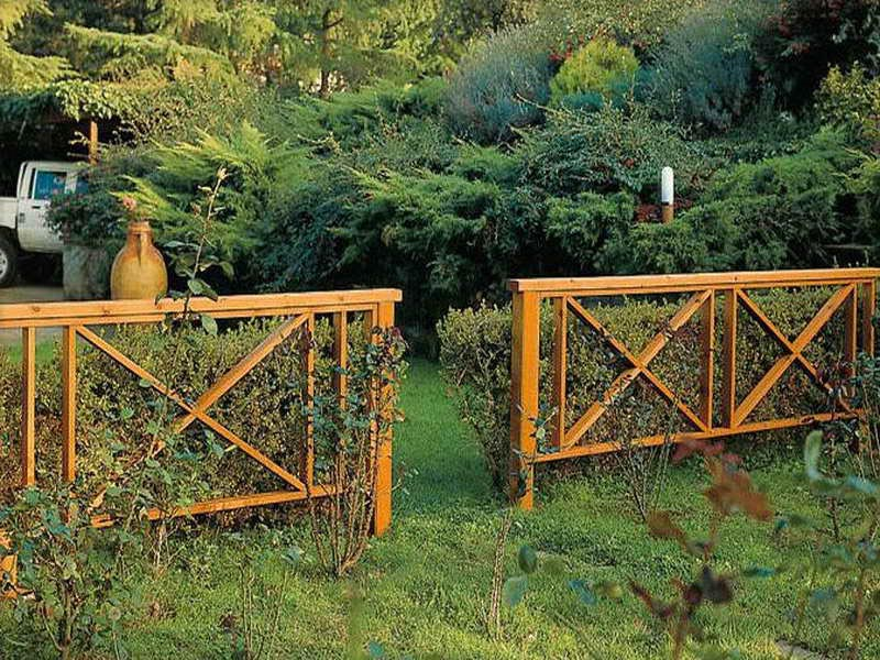 Wood Garden Fence Designs