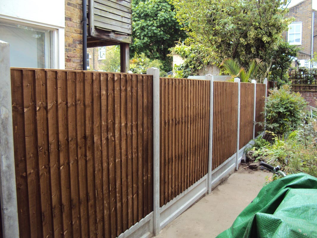 Wood Post Garden Fence